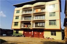 南宁青秀区南宁东站附近建筑面积1000平整栋楼及5亩空地出租