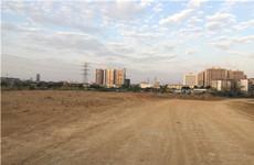 江南区五一西路五一学校对面10-120亩临街空场地招租