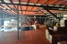 兴宁区高峰收费站旁物流园内496平厂房仓库、铺面